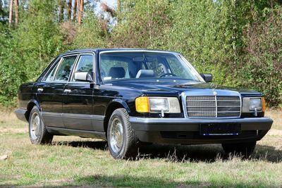560 SEL Sedan (W126)