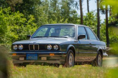BMW 325 ETA 2drs automatic