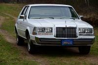 Lincoln Continental Sedan