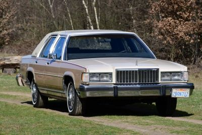 Mercury Grand Marquis 5.0 V8 automatic